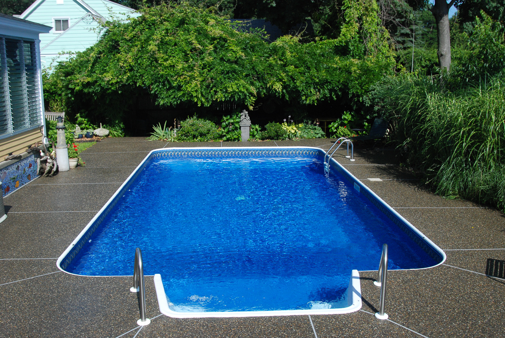 Rectangle 2 Ft Radius Corners Family Pools